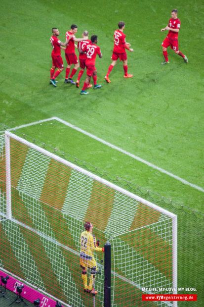 2015_11_07_Bayern-VfB_37